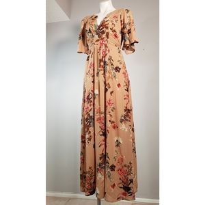 ILLA ILLA Maxi Dress with Floral Pattern